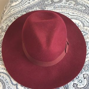 Kendall and Kylie collection hat